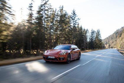 2021 Porsche Panamera 4 E-Hybrid Sport Turismo 25