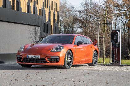 2021 Porsche Panamera 4 E-Hybrid Sport Turismo 27