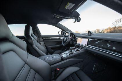 2021 Porsche Panamera 4 E-Hybrid Sport Turismo 41