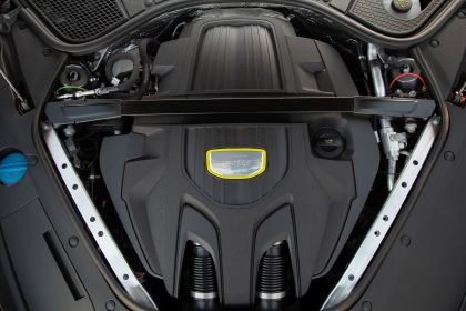 2021 Porsche Panamera 4 E-Hybrid Sport Turismo 48