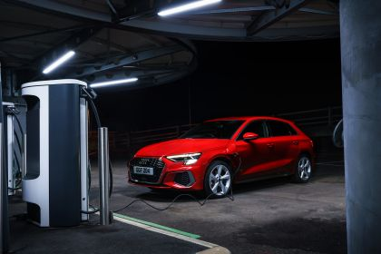 2021 Audi A3 Sportback 40 TFSI e - UK version 1