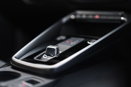 2021 Audi A3 Sportback 40 TFSI e - UK version 100