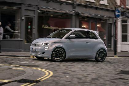 2021 Fiat 500 35