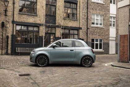 2021 Fiat 500 cabriolet 4