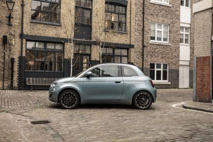 2021 Fiat 500 cabriolet 5