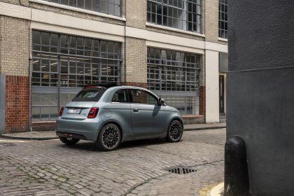 2021 Fiat 500 cabriolet 8
