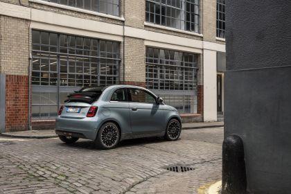 2021 Fiat 500 cabriolet 9