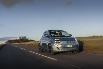 2021 Fiat 500 cabriolet 10