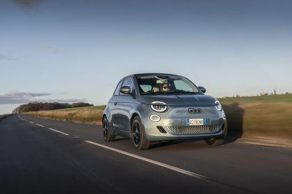 2021 Fiat 500 cabriolet 11