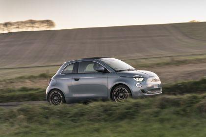 2021 Fiat 500 cabriolet 37