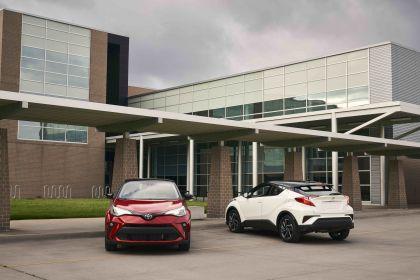 2021 Toyota C-HR - USA version 18
