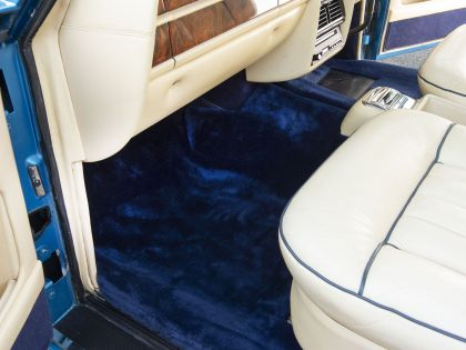 1977 Rolls-Royce Corniche I 20