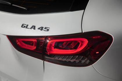 2021 Mercedes-AMG GLA 45 4Matic+ - USA version 33