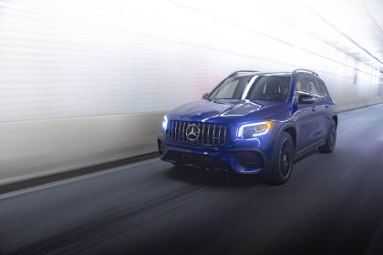 2021 Mercedes-AMG GLB 35 4Matic - USA version 1