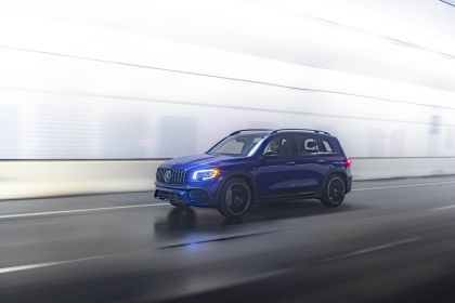 2021 Mercedes-AMG GLB 35 4Matic - USA version 4