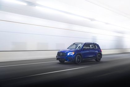 2021 Mercedes-AMG GLB 35 4Matic - USA version 5