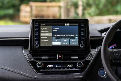 2021 Suzuki Swace - UK version 34