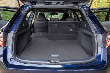 2021 Suzuki Swace - UK version 40