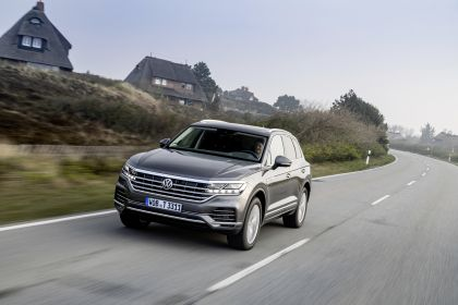 2021 Volkswagen Touareg 28
