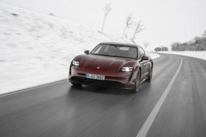 2021 Porsche Taycan 10