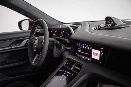 2021 Porsche Taycan 38