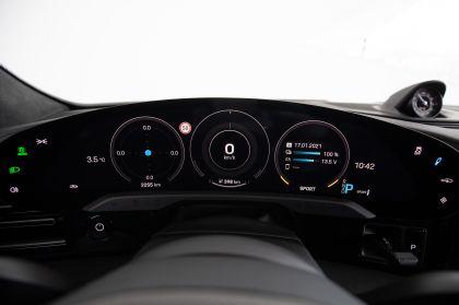 2021 Porsche Taycan 39