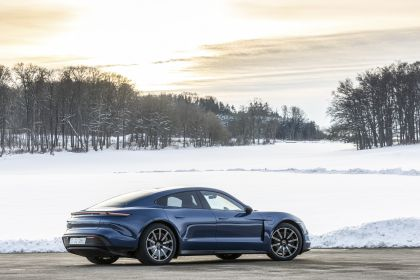 2021 Porsche Taycan 230