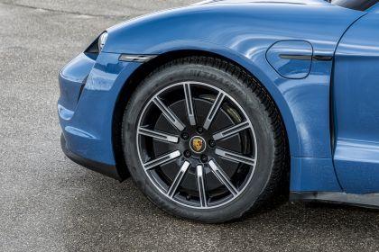 2021 Porsche Taycan 236