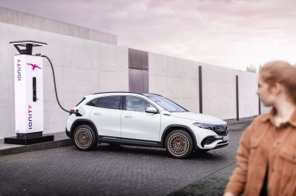2021 Mercedes-Benz EQA 40