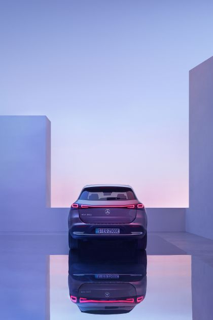 2021 Mercedes-Benz EQA 84