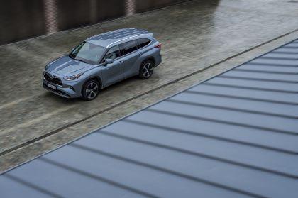 2021 Toyota Highlander hybrid - EU version 4