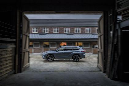 2021 Toyota Highlander hybrid - EU version 7