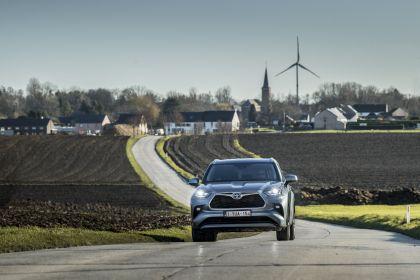 2021 Toyota Highlander hybrid - EU version 21
