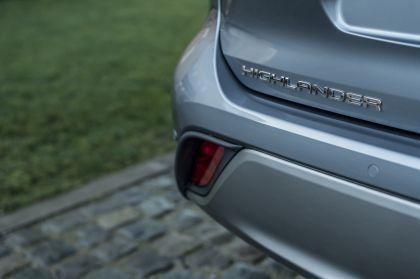 2021 Toyota Highlander hybrid - EU version 60