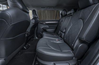 2021 Toyota Highlander hybrid - EU version 72