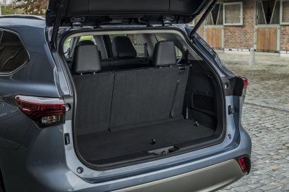 2021 Toyota Highlander hybrid - EU version 75