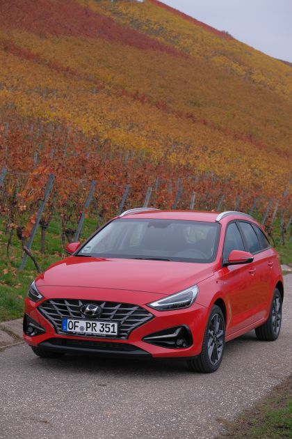 2021 Hyundai i30 Wagon 25