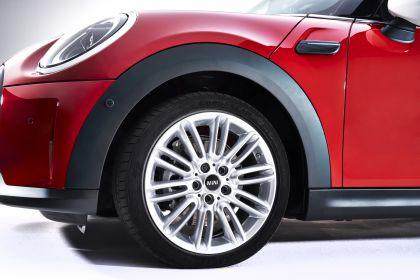 2021 Mini Cooper 3-door 7