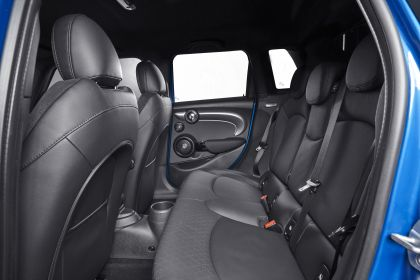2021 Mini Cooper S 5-door 28