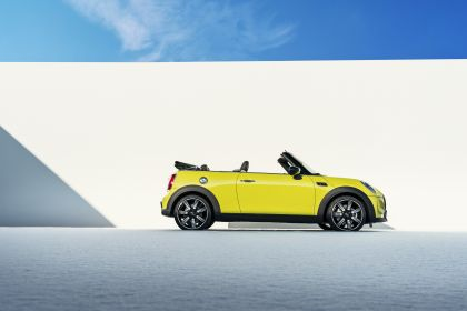 2021 Mini Cooper S convertible 5