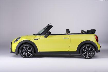 2021 Mini Cooper S convertible 37