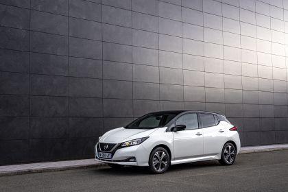 2021 Nissan Leaf10 3