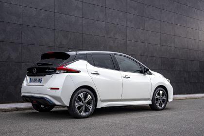 2021 Nissan Leaf10 6