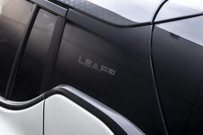 2021 Nissan Leaf10 12