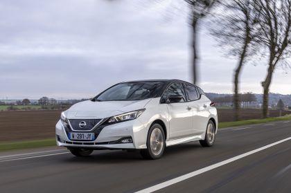 2021 Nissan Leaf10 18