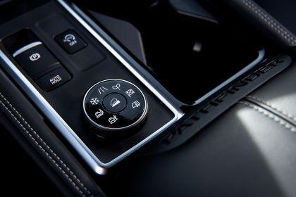 2022 Nissan Pathfinder 34