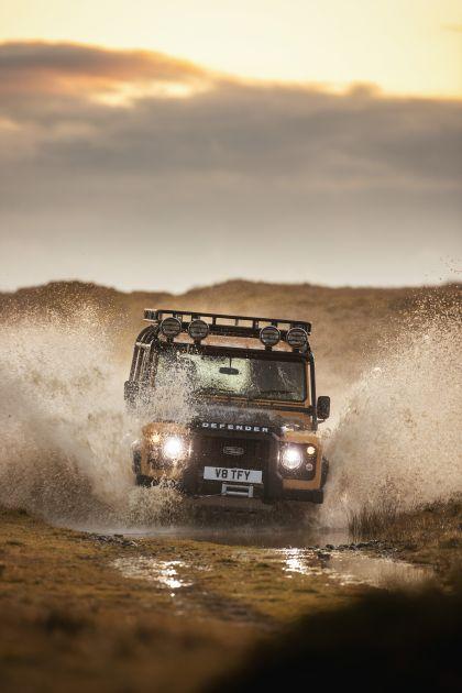 2021 Land Rover Defender Works V8 Trophy 3