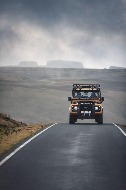 2021 Land Rover Defender Works V8 Trophy 4