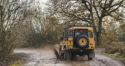 2021 Land Rover Defender Works V8 Trophy 14