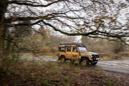 2021 Land Rover Defender Works V8 Trophy 16